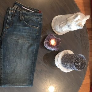 Buffalo David Bitton Bootcut Jeans Size 31. EUC!